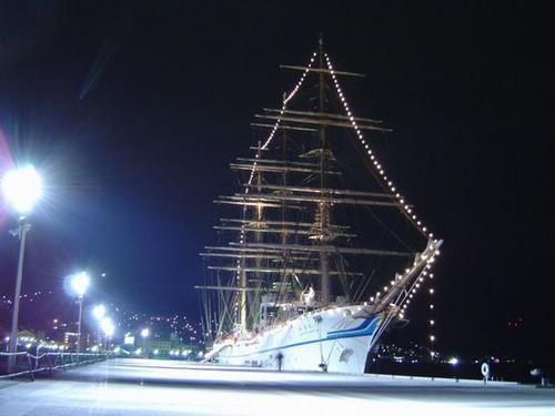 海王丸 2003